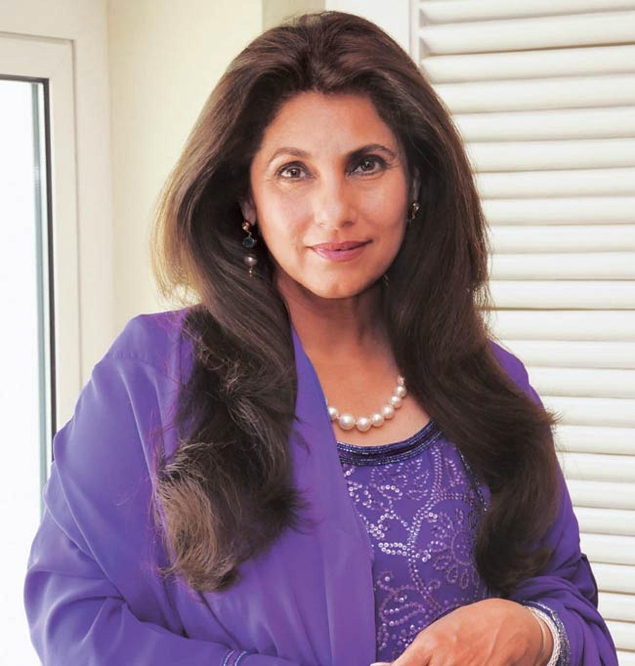 अक्षय कुमार से शादी कराने को तैयार नहीं थी ट्विंकल खन्ना की माँ, इस शर्त पर हुई थी राजी