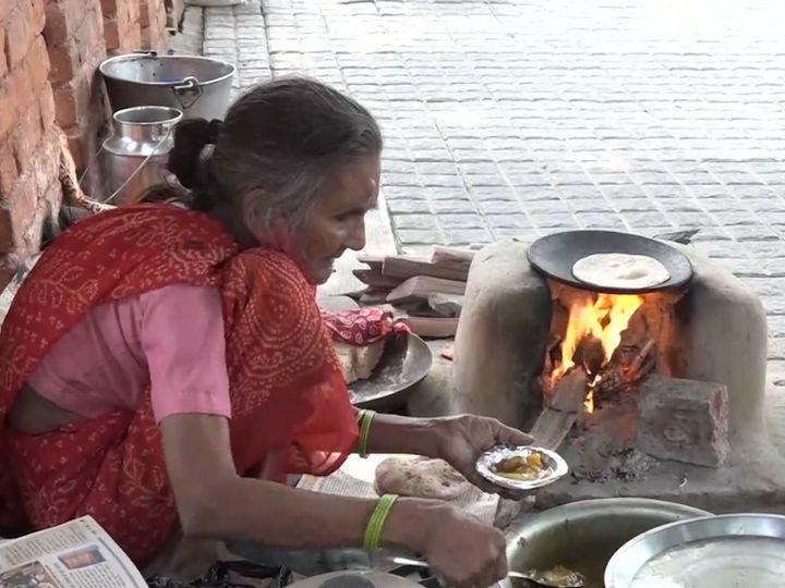 बदली आगरा के रोटी वाली अम्मा की तकदीर, सामने आई नये ढ़ाबे की तस्वीर