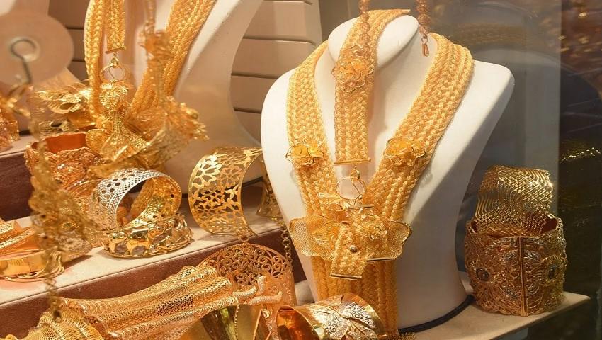 Gold Price 26 October: 5176 रूपये टूटा सोना, दिवाली तक इतनी बढ़ जाएगी कीमत, जानिए 1 तोले का भाव