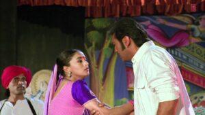 इस फिल्म में गंदा सीन करने के लिए माधुरी दीक्षित ने खुद भरी थी हामी, होना पड़ा था शर्मिंदा