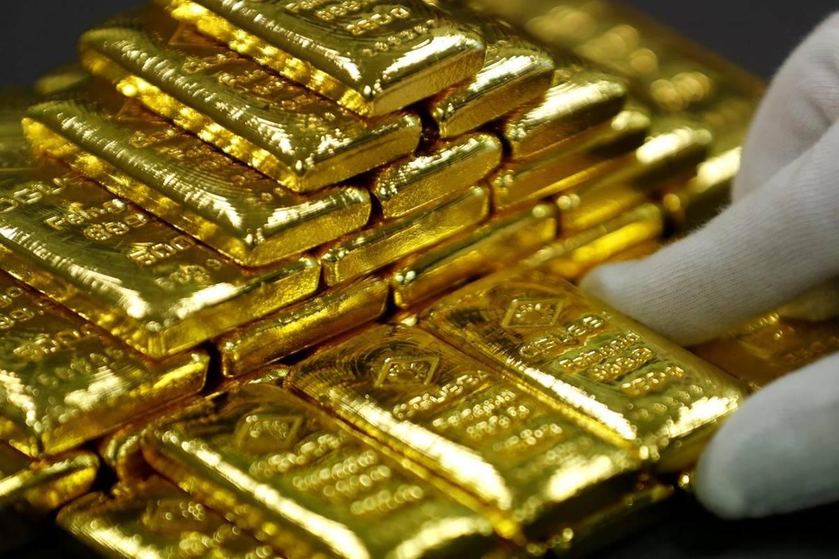 Gold Price 23 October: 2 दिन लगातार बढ़त के बाद सस्ता हुआ सोना, अब मात्र इतने में मिल रहा 1 तोला