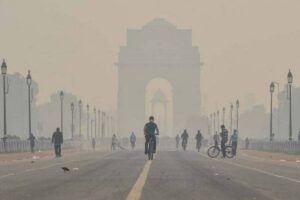 Mercury falls below 10 degree Celsius in Delhi, cold to increase further from Sunday